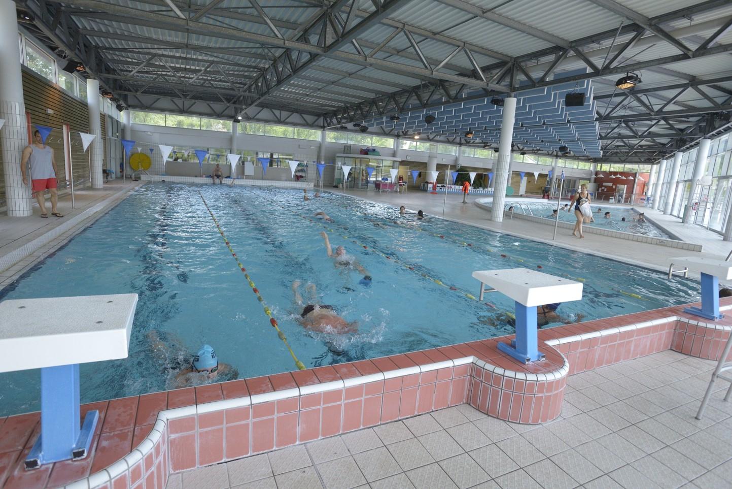 Centre Aquatique Bleu Rive intérieur Piscine Vallier