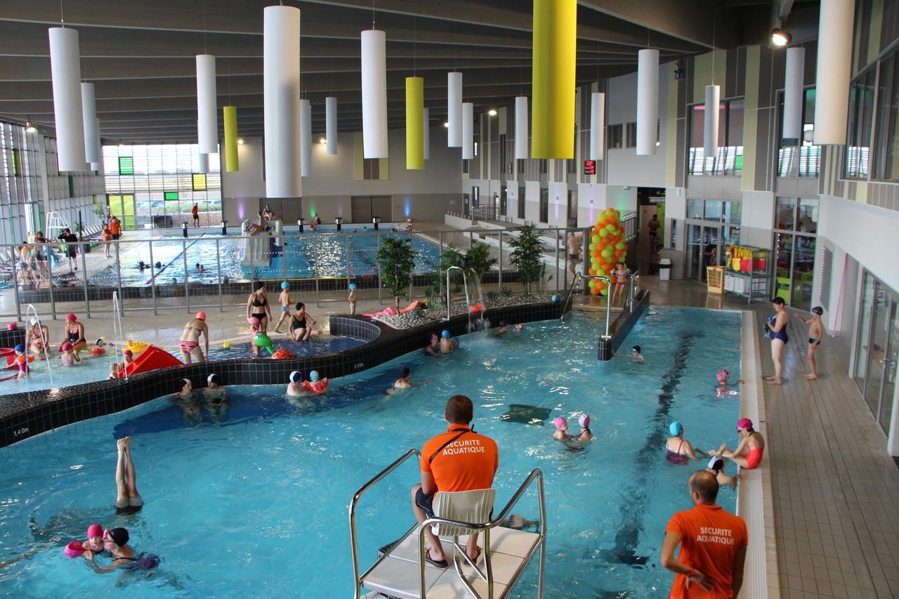 Centre Aquatique De Croixrault. Une Fréquentation Supérieure ... encequiconcerne Piscine Croixrault