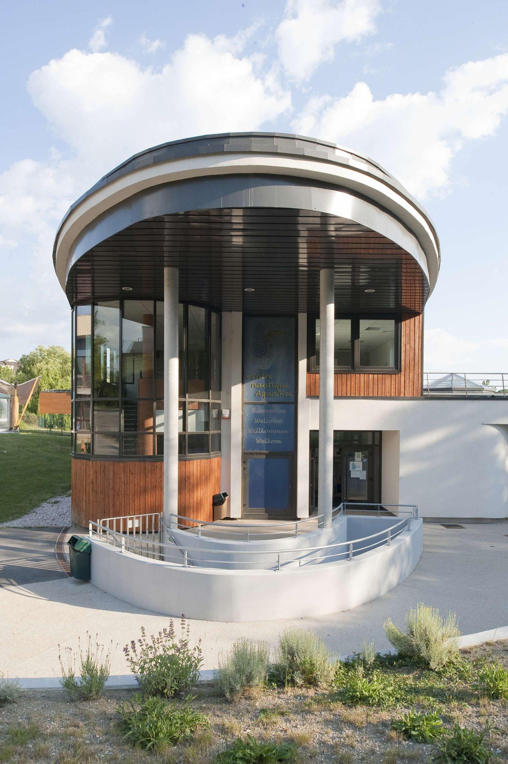 Centre Aquatique De Lons-Le-Saunier - Ap-Ma Architecture encequiconcerne Piscine Aquarel Lons