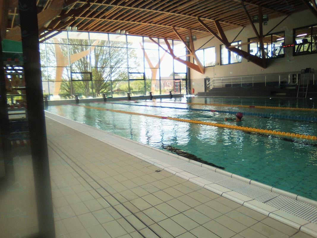 Centre Aquatique Des 2 Vallées Alain Bernard - Nageurs intérieur Piscine Milly La Foret