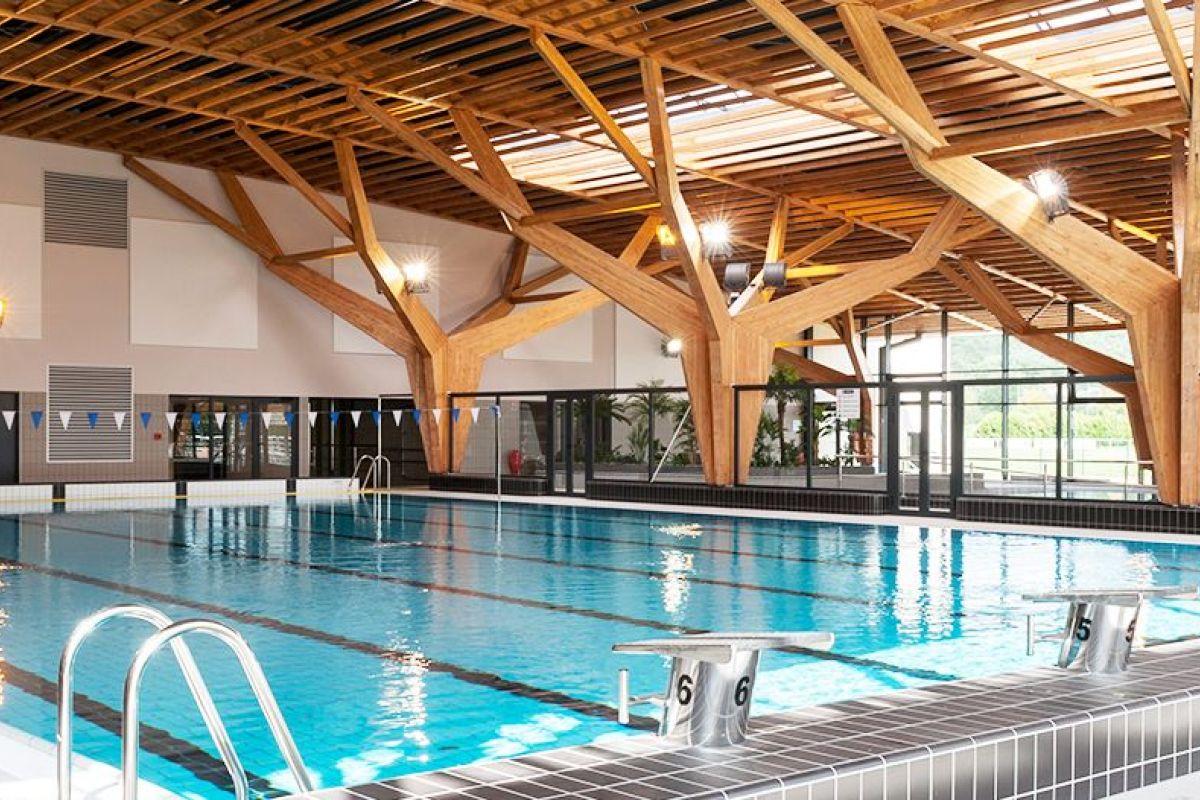Centre Aquatique Des 2 Vallées Alain Bernard - Piscine À ... intérieur Horaire Piscine Corbeil