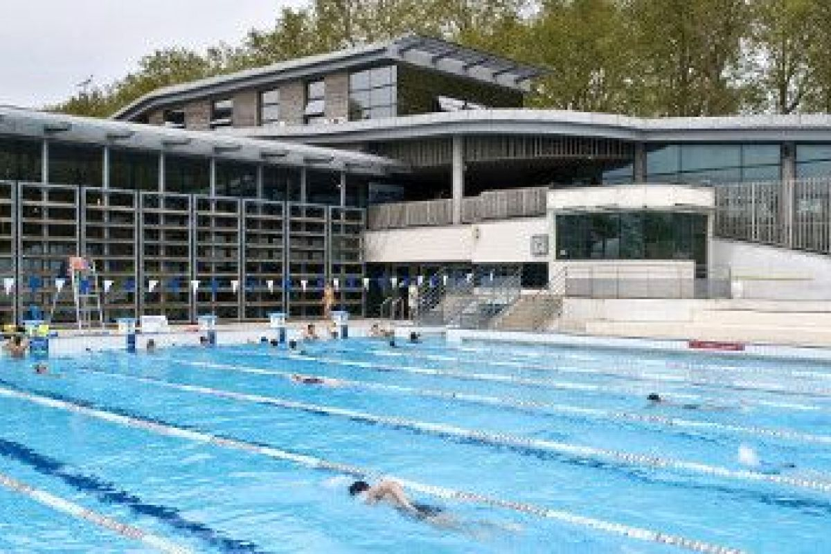 Centre Aquatique Du Lac - Piscine À Tours - Horaires, Tarifs ... dedans Piscine De La Riche