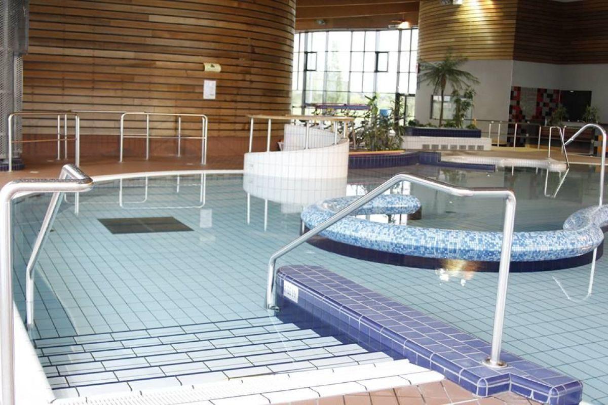 Centre Aquatique La Piscine À Fitz James - Horaires, Tarifs ... intérieur Piscine Liancourt