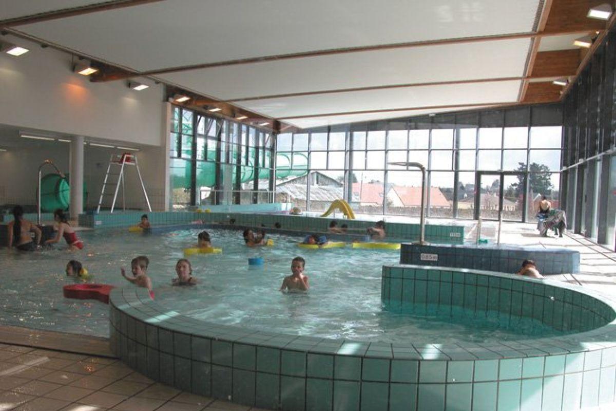 Centre Aquatique L'aquacienne - Piscine À Chécy - Horaires ... serapportantà Piscine Checy