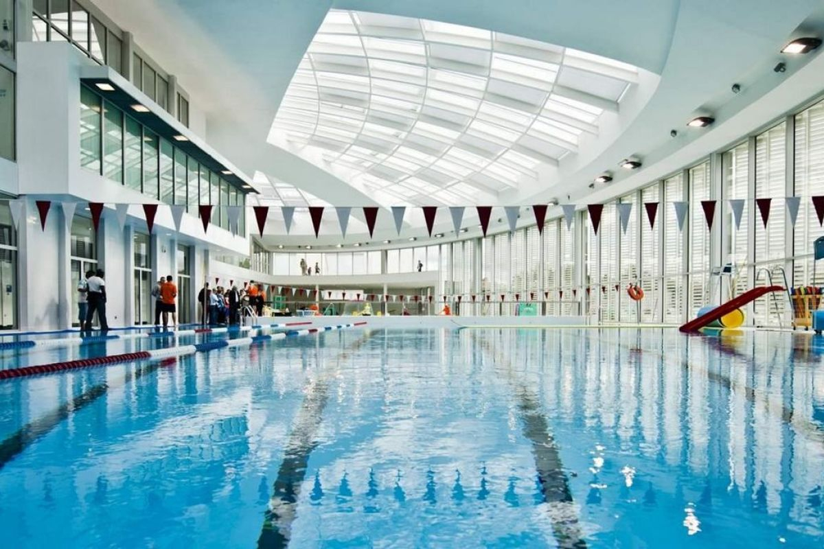 Centre Aquatique Le Dôme - Piscine À Vincennes - Horaires ... serapportantà Piscine Des Murs À Pêche Montreuil