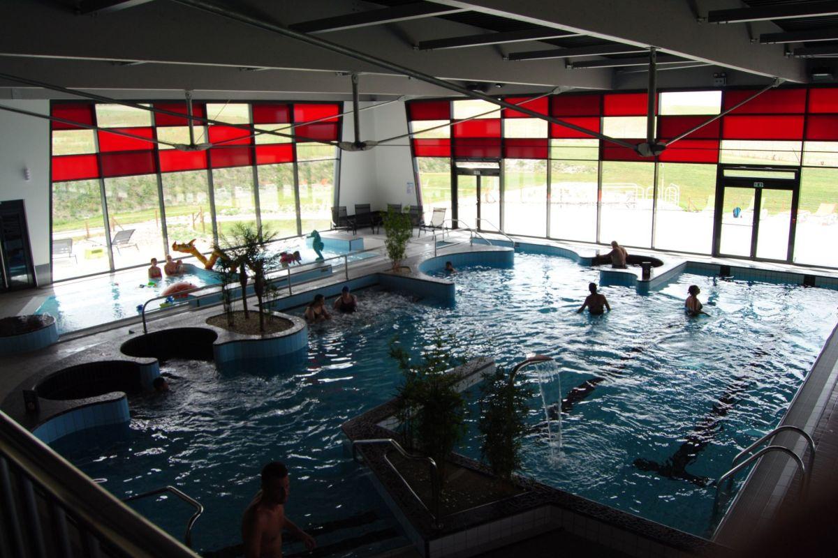 Centre Aquatique Les 3 Vagues - Piscine De Romilly-Sur-Seine ... encequiconcerne Piscine Romilly Sur Seine