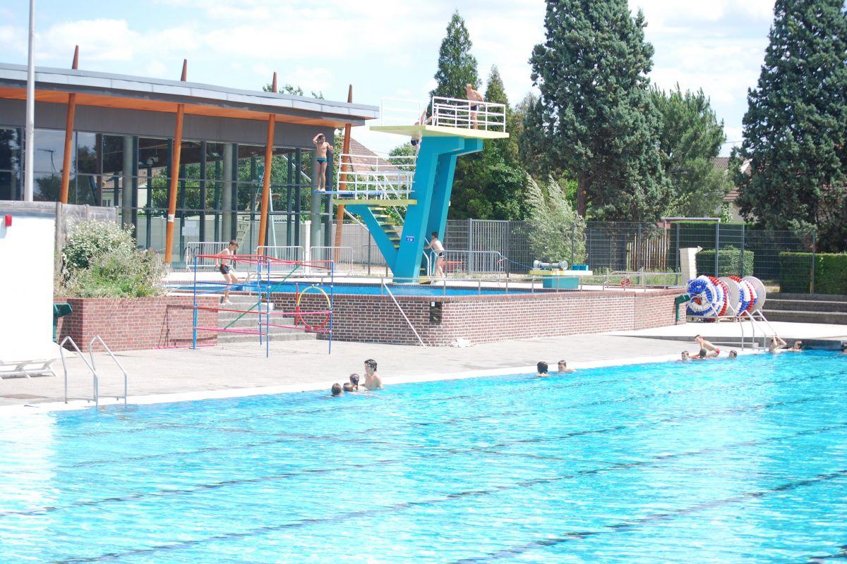 Centre Aquatique - Piscine À Notre Dame De Gravenchon ... pour Piscine Bolbec