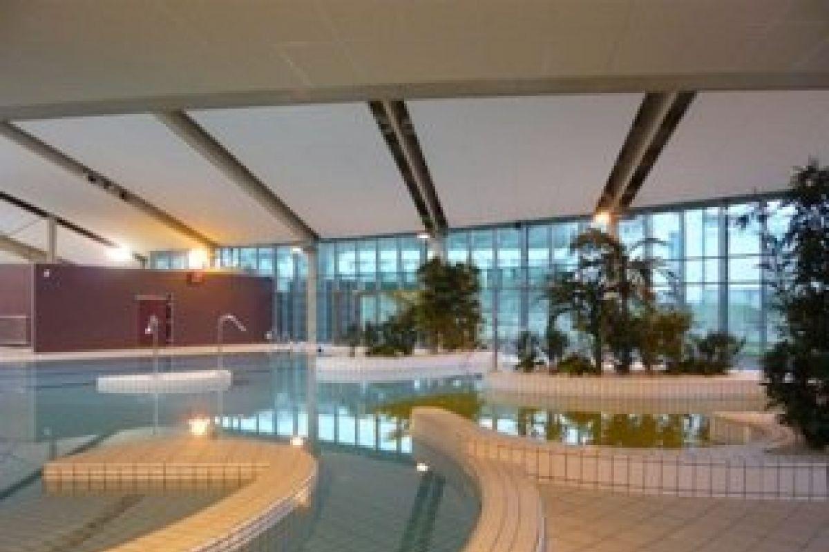 Centre Aquatique - Piscine De Crepy En Valois - Horaires ... tout Piscine De Compiegne
