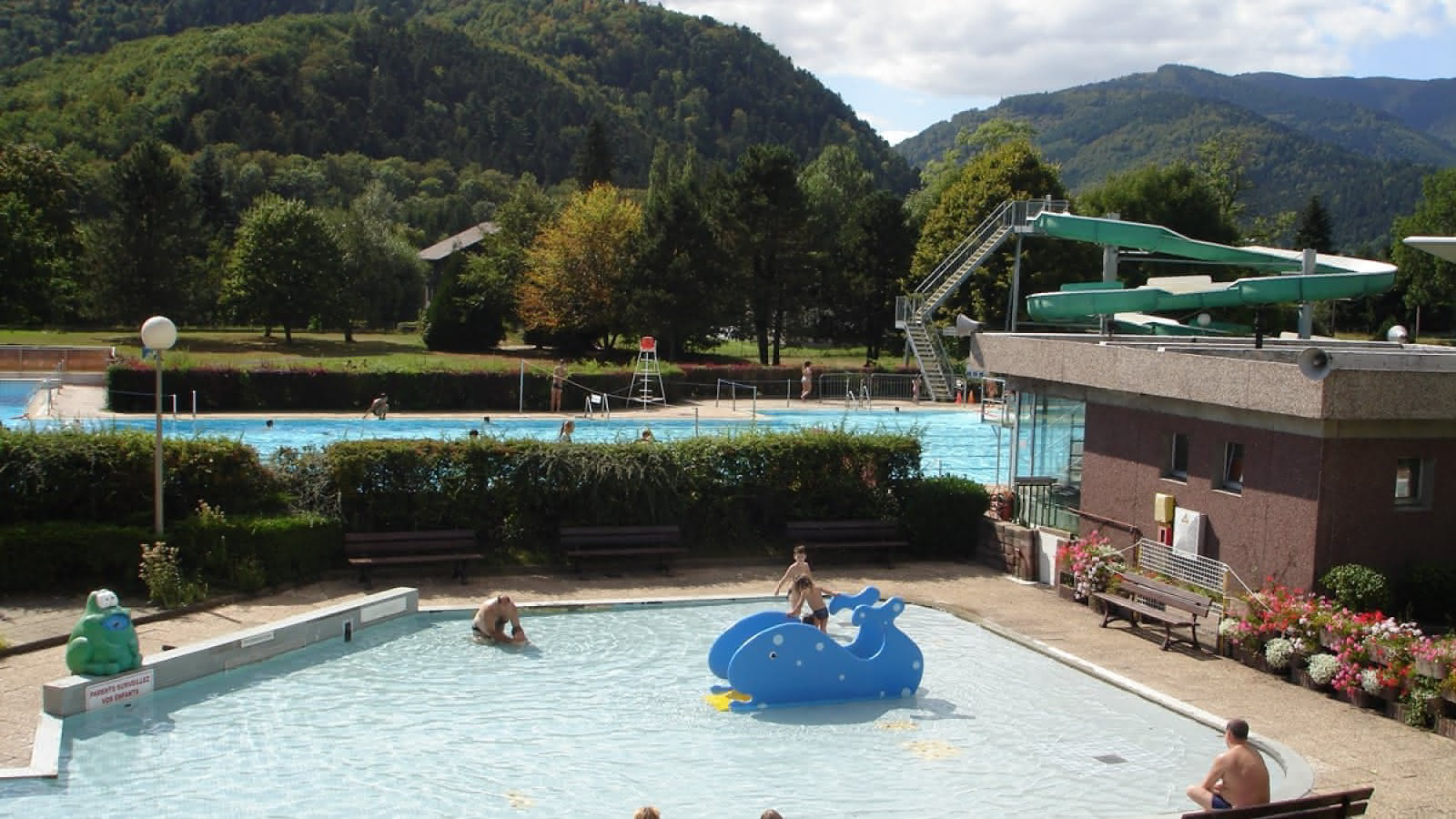 Centre Aquatique - Piscine De Wesserling - Fellering | Visit ... serapportantà Piscine Wesserling