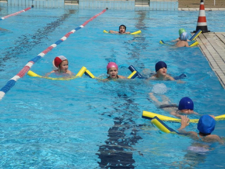 Centre Aquatique pour Centre Aquatique Des Hauts De Bayonne Piscine Bayonne