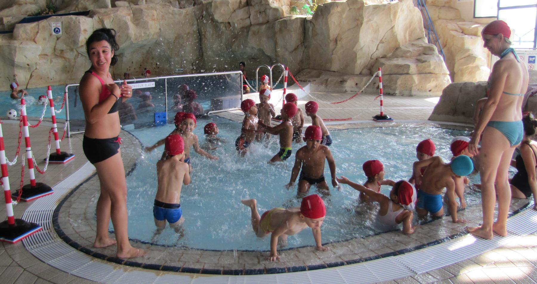 Centre De Loisirs : Comme Des Poissons Dans L'eau | La Provence encequiconcerne Piscine Claude Jouve