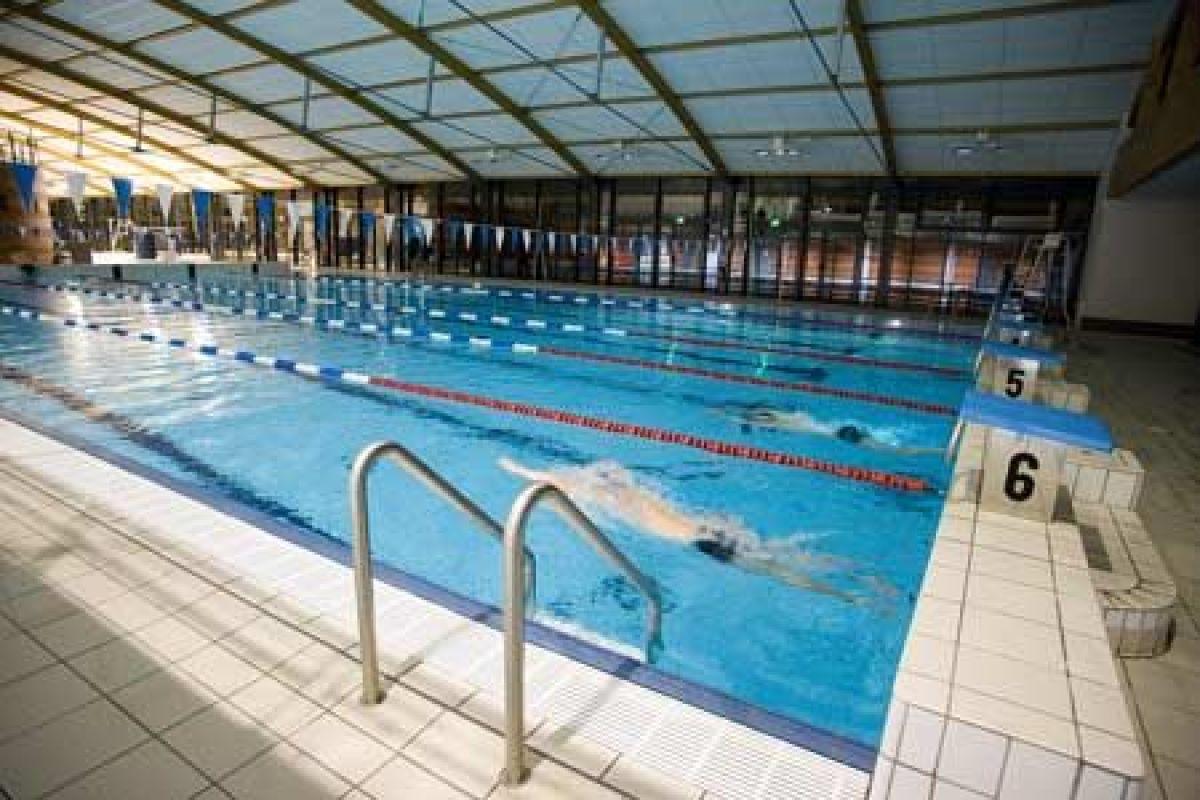 Centre Ludique Aqualudis - Piscine À Villefranche De ... intérieur Piscine Rodez