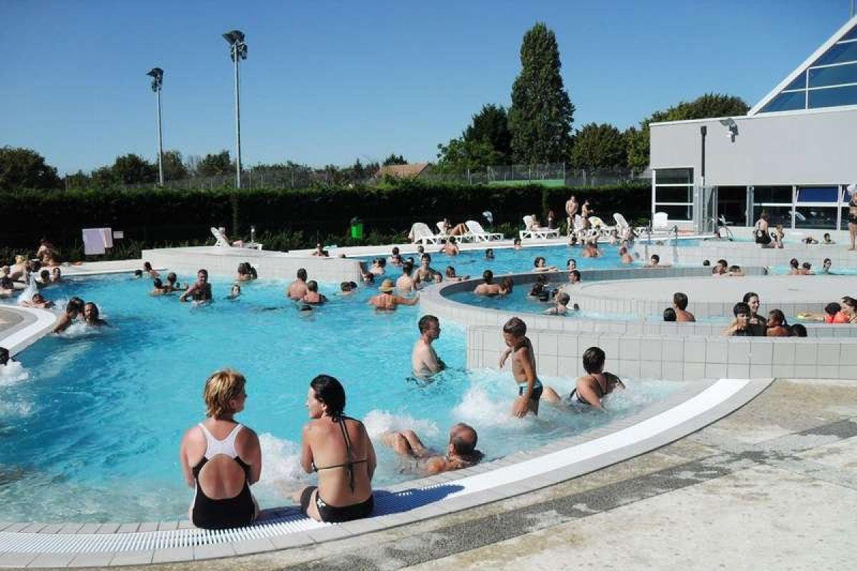 Centre Nautique Ilo Bulle - Piscine À Contres - Horaires ... tout Piscine Mont Saint Aignan