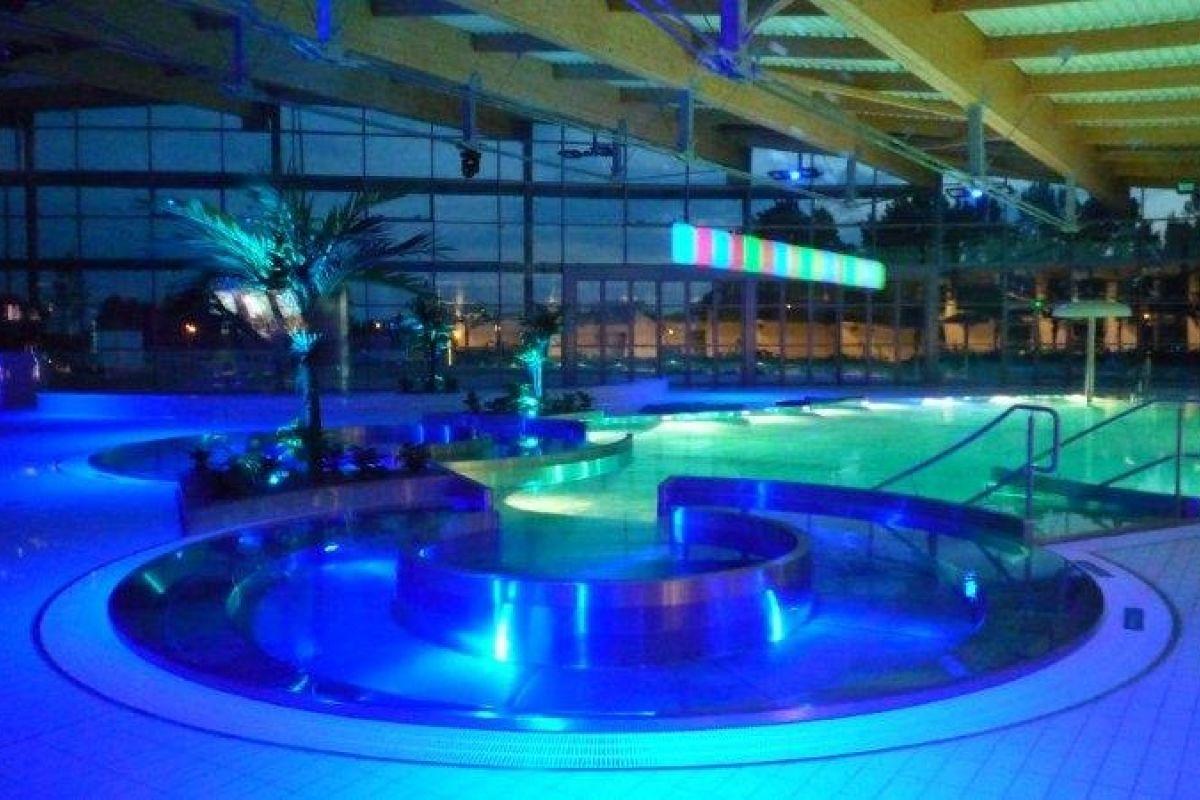 Centre Nautique La Vague - Piscine À Soisy-Sous-Montmorency ... intérieur Piscine Enghien Les Bains