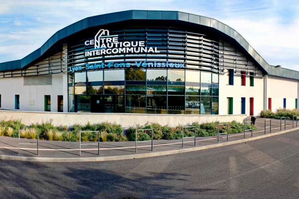 Centre Nautique Lyon, Saint-Fons - Piscine De Venissieux ... serapportantà Piscine Moulin A Vent