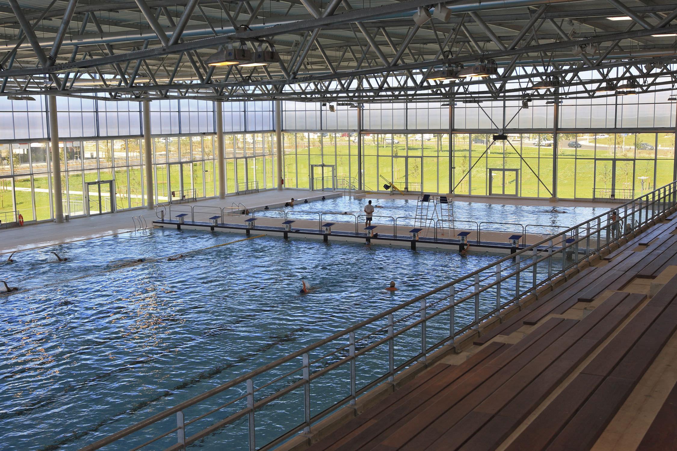 Ceramic Competition Pool / Public / Outdoor - Aquatic Center ... pour Piscine Nemausa