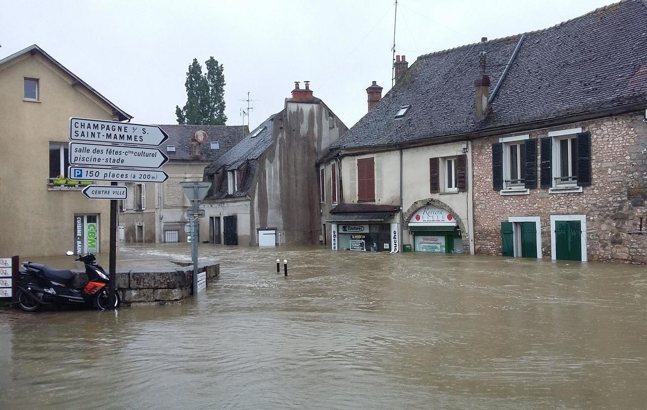 C'est Moret Sous Loing ! - Le Parisien destiné Piscine De Moret Sur Loing