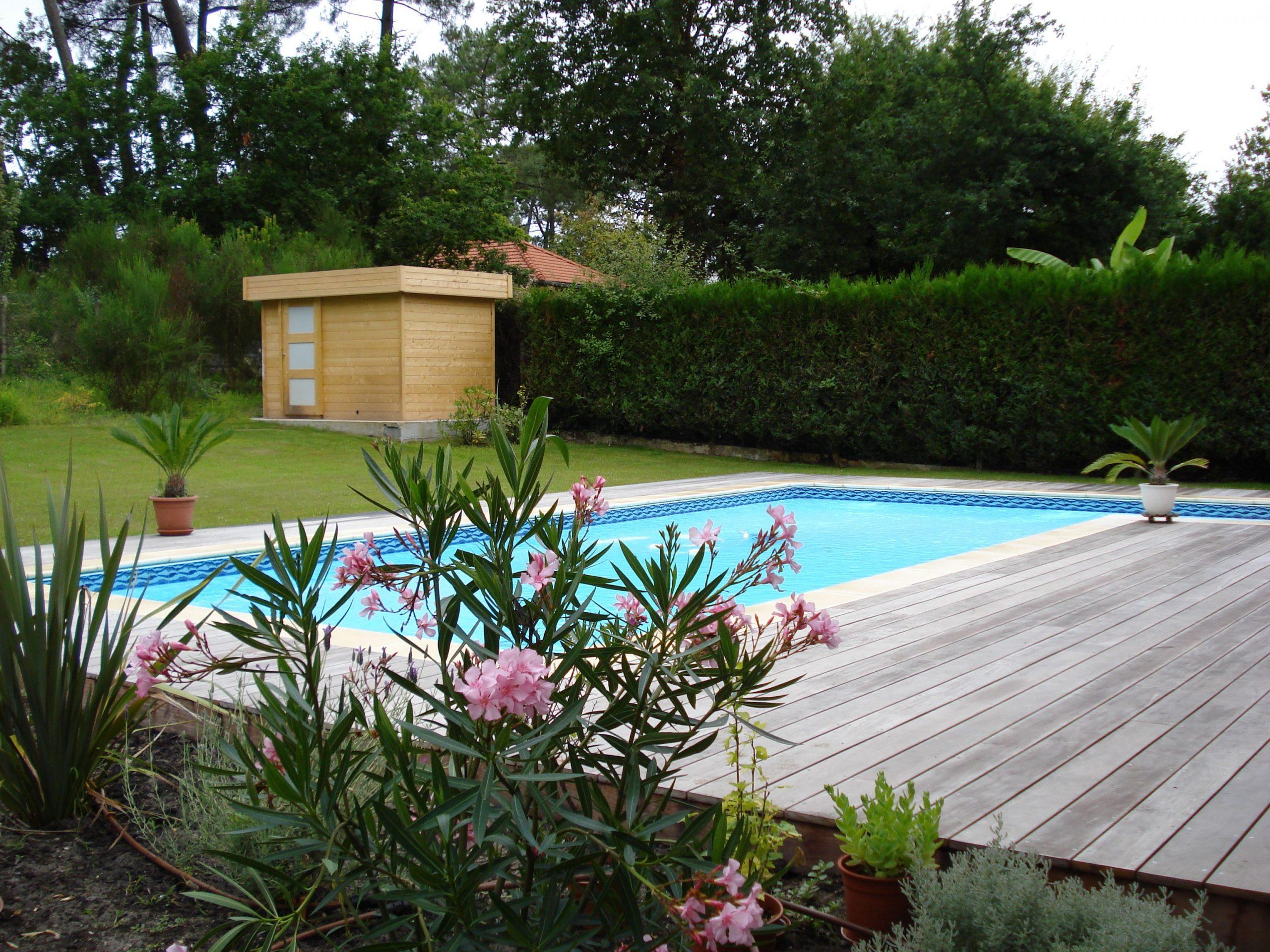Chalet En Bois - Andernos-Les-Bains - En Abri De Jardin Et ... pour Piscine Andernos