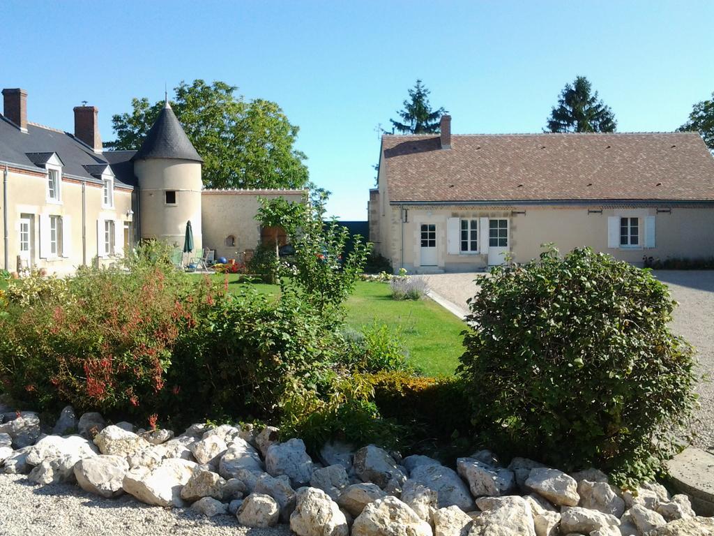 Chambre De Villiers 3* - Chambre À Vennecy Dans Le Loiret ... pour Piscine De Checy