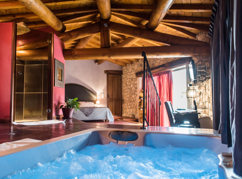 Chambre D'hôte - Nuit D'amour encequiconcerne Hotel Avec Piscine Privée Dans La Chambre France