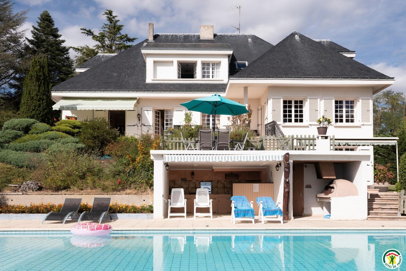 Chambre D'hôtes Belle-Vue À Chateauneuf De Galaure En Drome ... tout Piscine Chateauneuf De Galaure