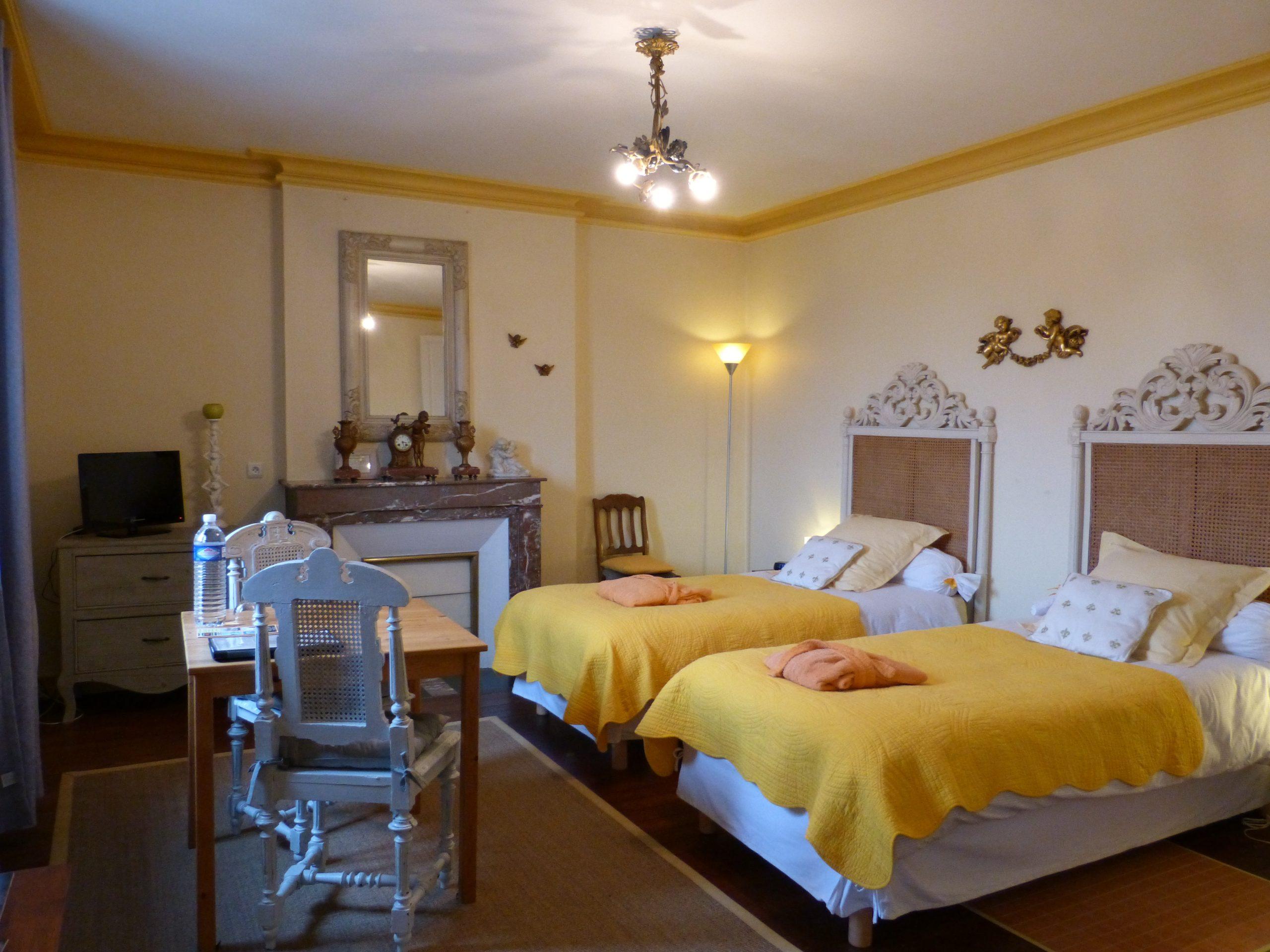 Chambres D'hotes Dordogne Avec Piscine Privee Hotel Particulier Du 19Eme  Siecle Proche De Bergerac intérieur Horaire Piscine Bergerac