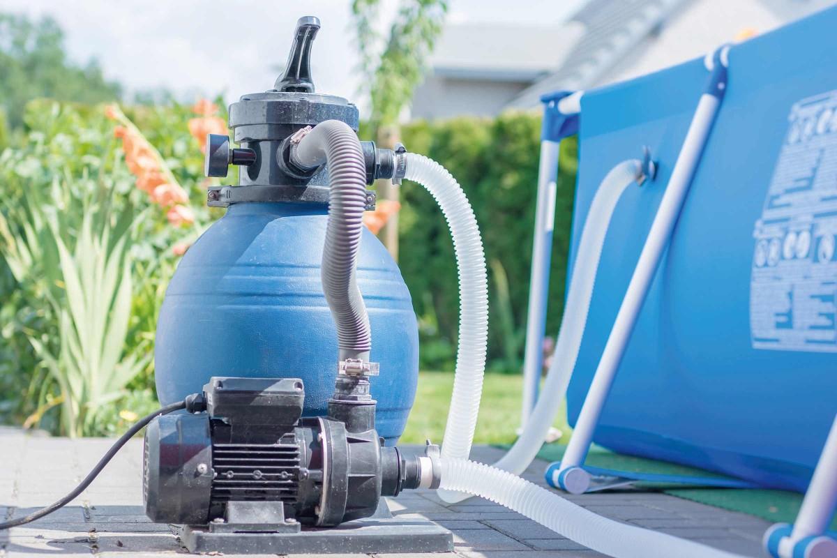 Choisir Un Système De Filtration Pour Piscine | Hornbach intérieur Filtre A Sable Piscine Mode D Emploi