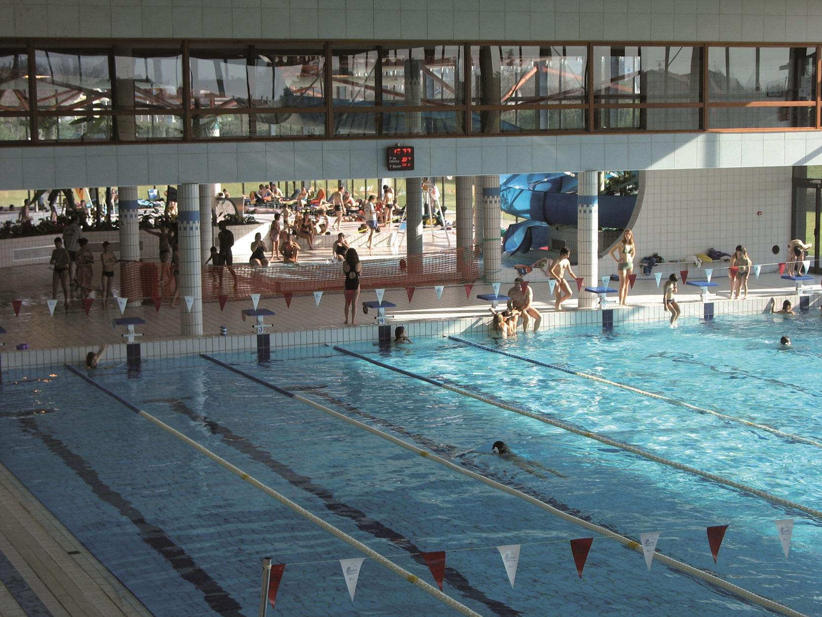 Cité De L'eau : Centre Nautique serapportantà Piscine Amphion