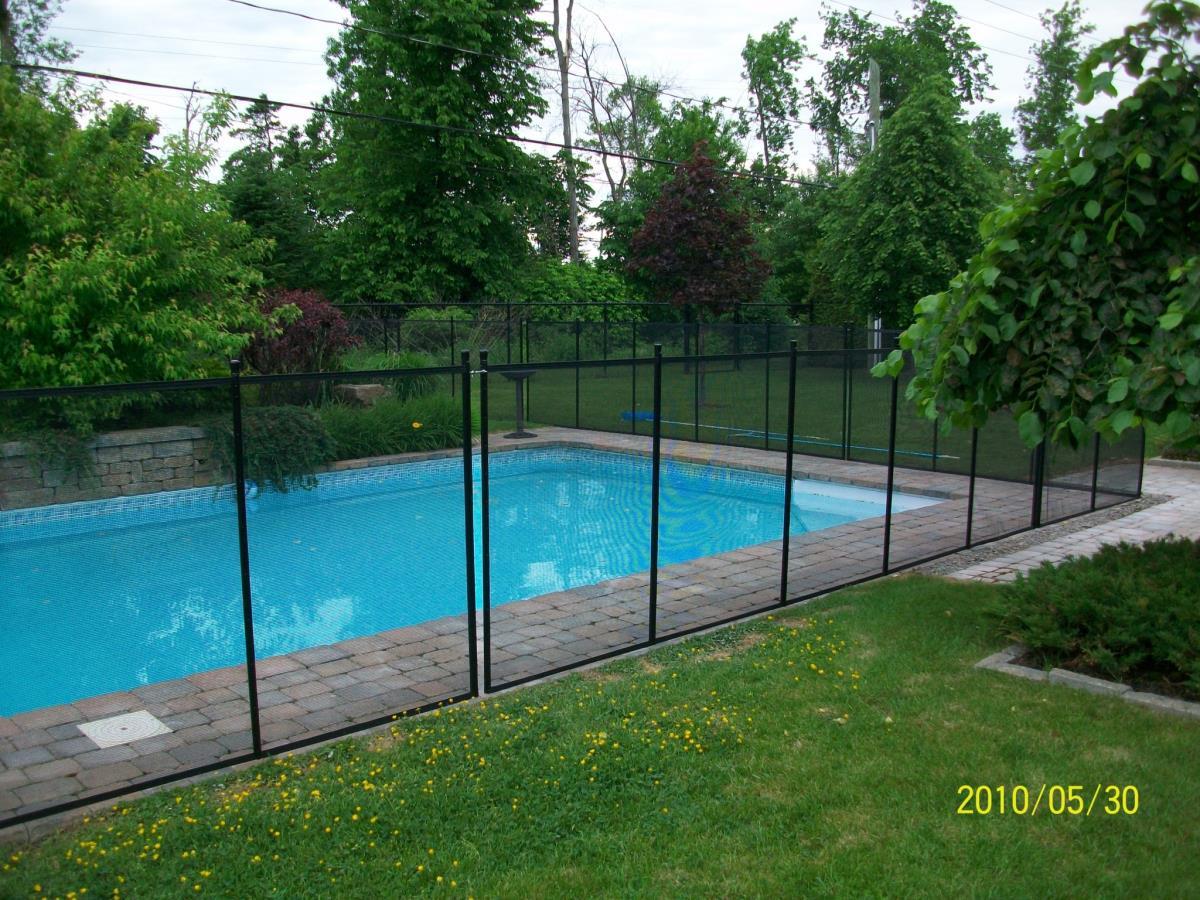 Clôtures Amovibles Pool Guard ▷ Montréal, 690 Rue Saint-Élie dedans Barriere Piscine Amovible