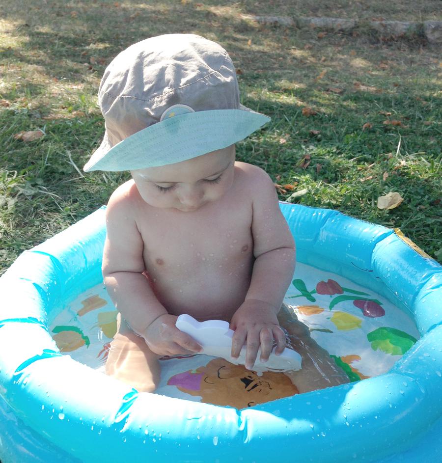 Comment Occuper Un Bébé Agité Et Impatient... - Blog Maman dedans Piscine Bebe 2 Mois
