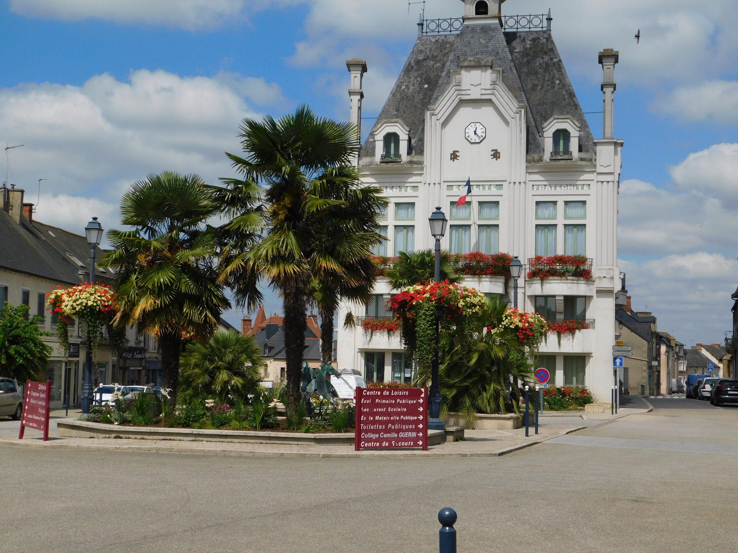 Commerces | Ville De Saint Méen Le Grand dedans Piscine Saint Meen Le Grand