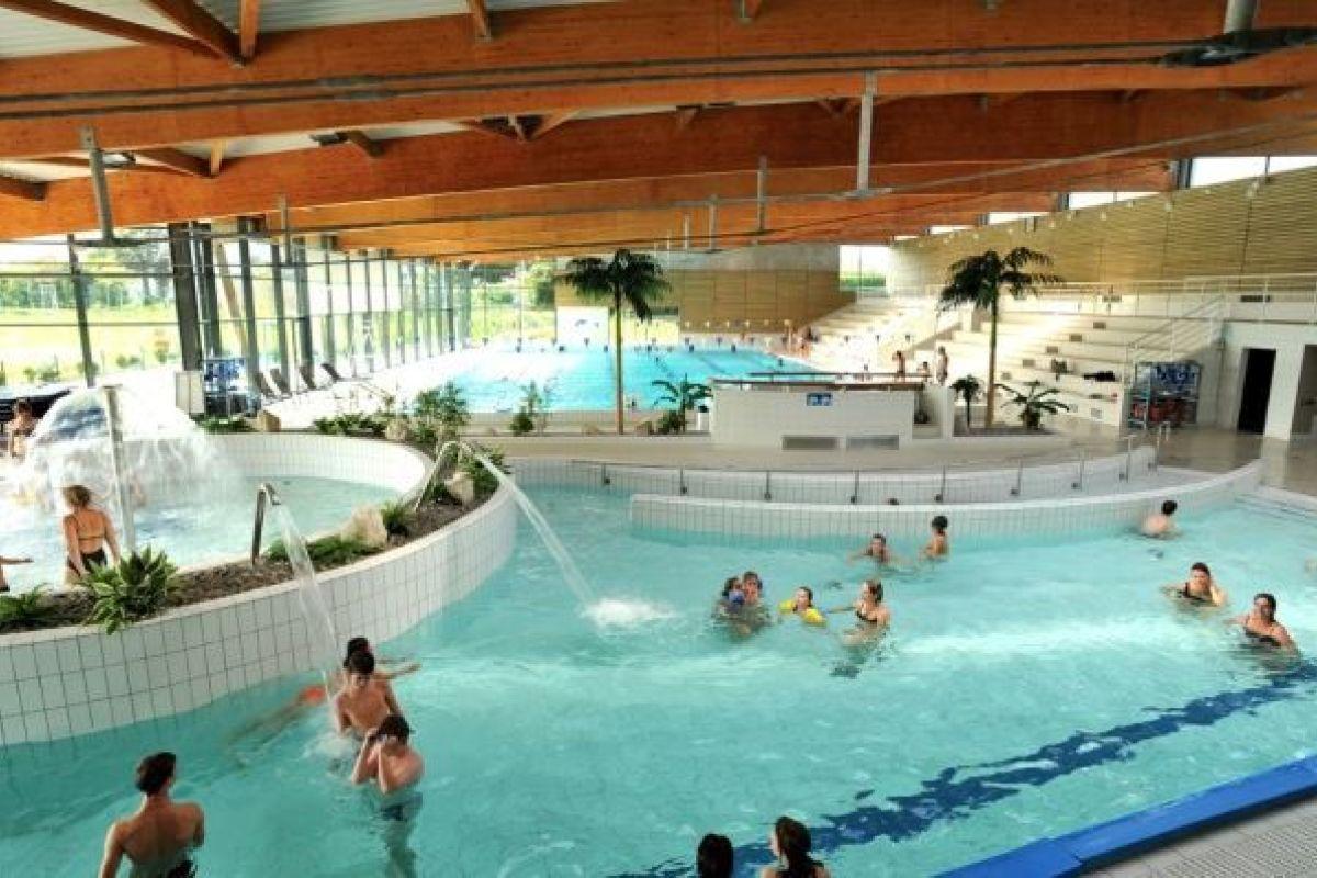 Complexe Aquatique Belle Etoile - Piscine À Montivilliers ... intérieur Piscine Gdo