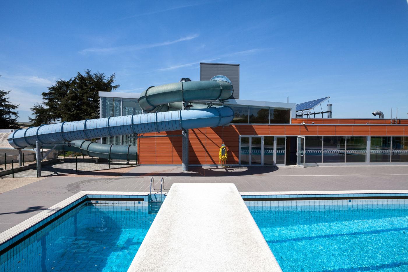 Complexes Aquatiques De Bressuire Et De Kerbihan / Agence ... encequiconcerne Piscine Bressuire