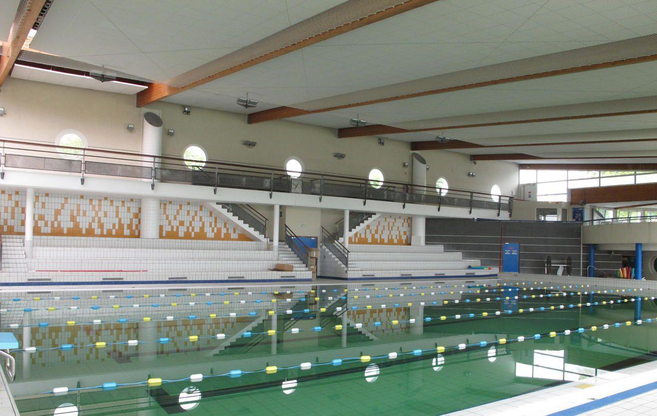 Conflans : Le Centre Aquatique Reprend Du Service - Le Parisien pour Piscine De Conflans