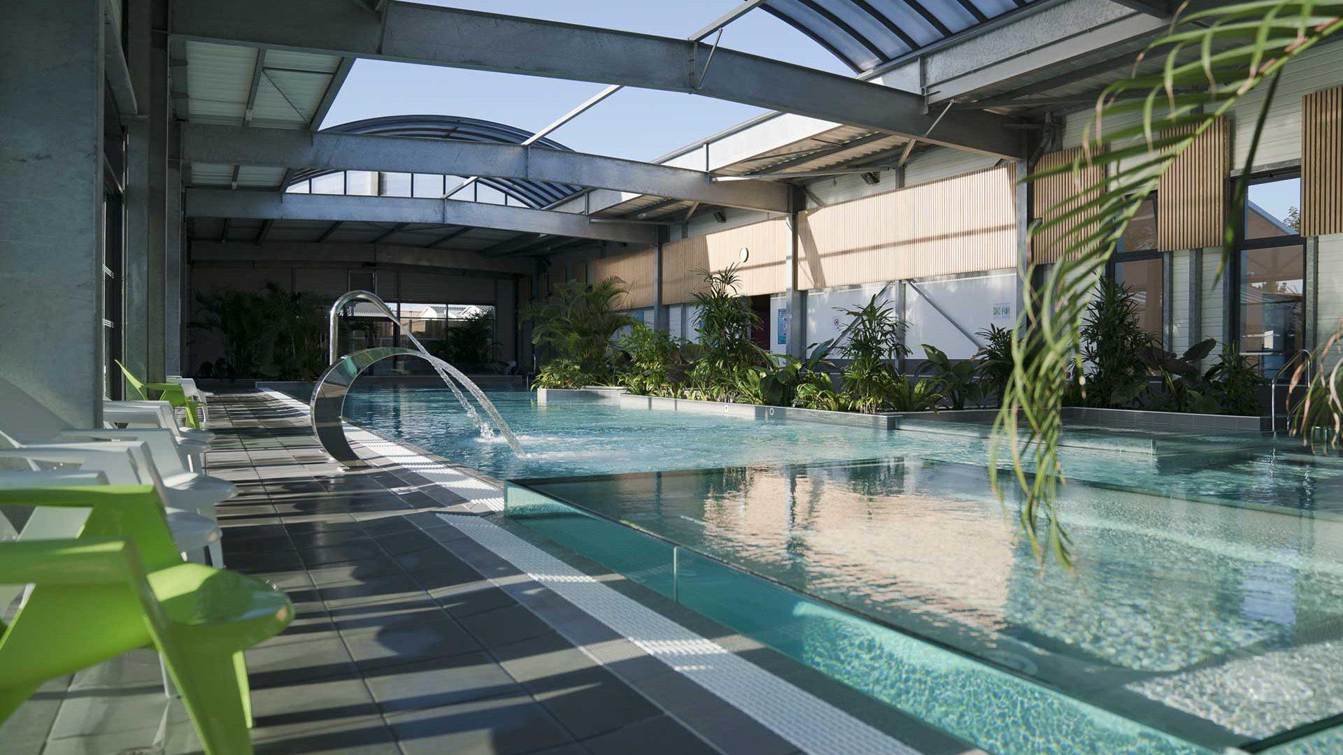 Constructeur De Piscine Sur Mesure En Vendée - Pool And Co ... serapportantà Piscine Boufféré