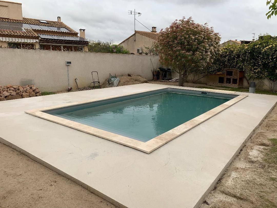 Construction D'une Piscine Desjoyaux De 7X3.5 Mètres Sur ... intérieur Tarif Piscine Desjoyaux