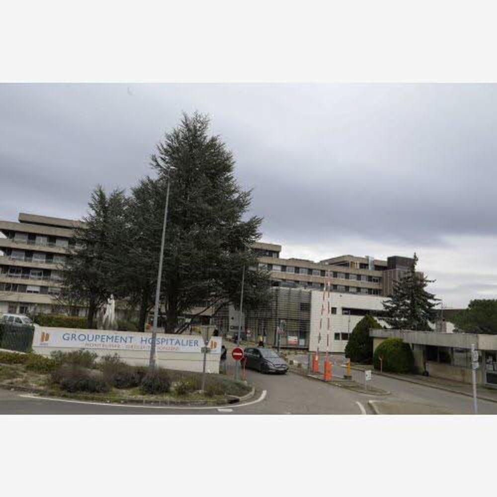 Coronavirus | Deuxième Jour De Confinement En Drôme-Ardèche ... avec Piscine Guilherand Granges