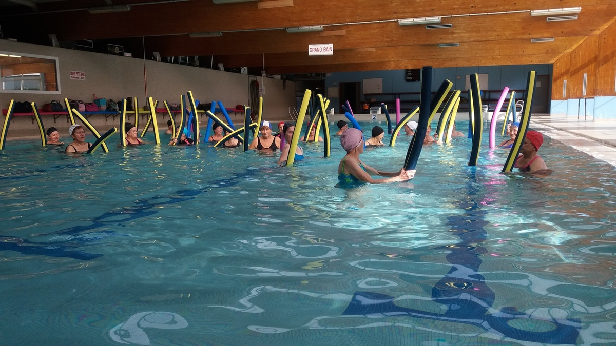 Cours D'aqua Gym - Gymnastique Volontaire Seyssinet intérieur Piscine Seyssinet