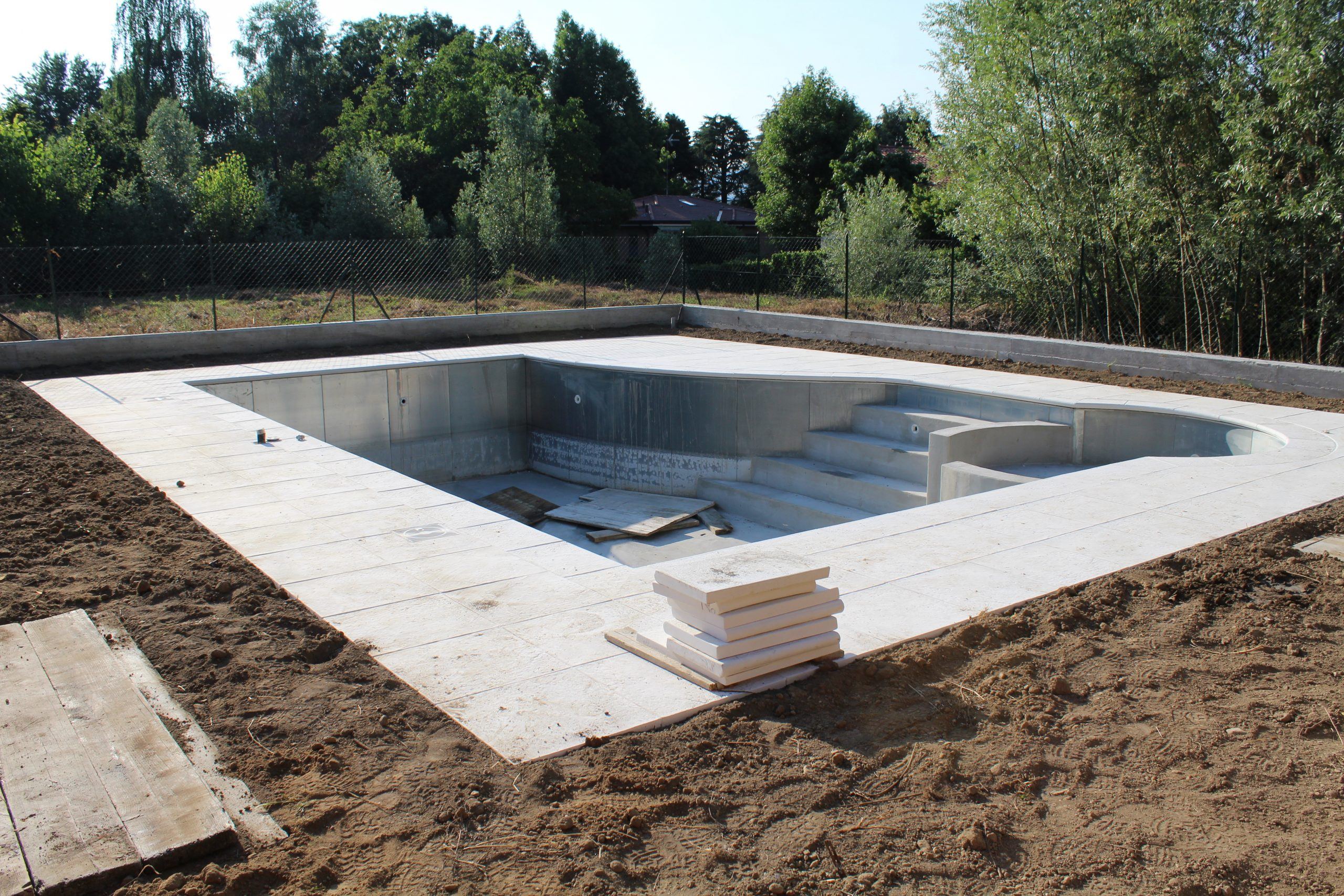 Coût De Construction D'une Piscine serapportantà Piscine En Kit Beton