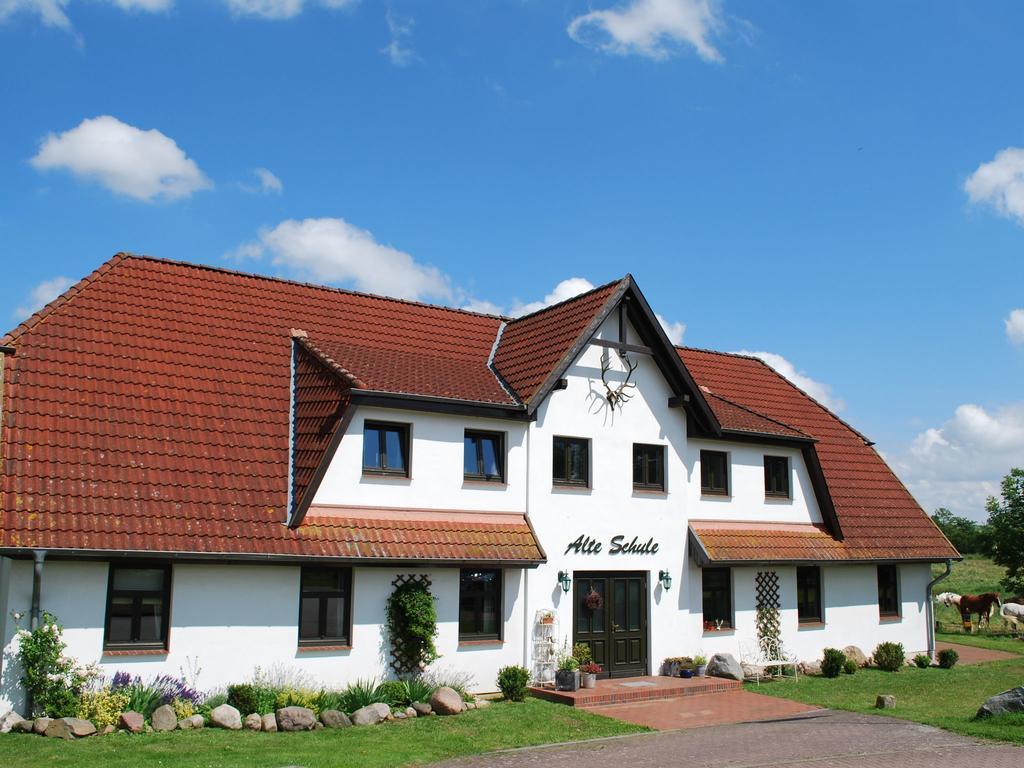 Cozy Apartment In Dargun Mecklenburg With Swimming Pool ... concernant Piscine Barlin