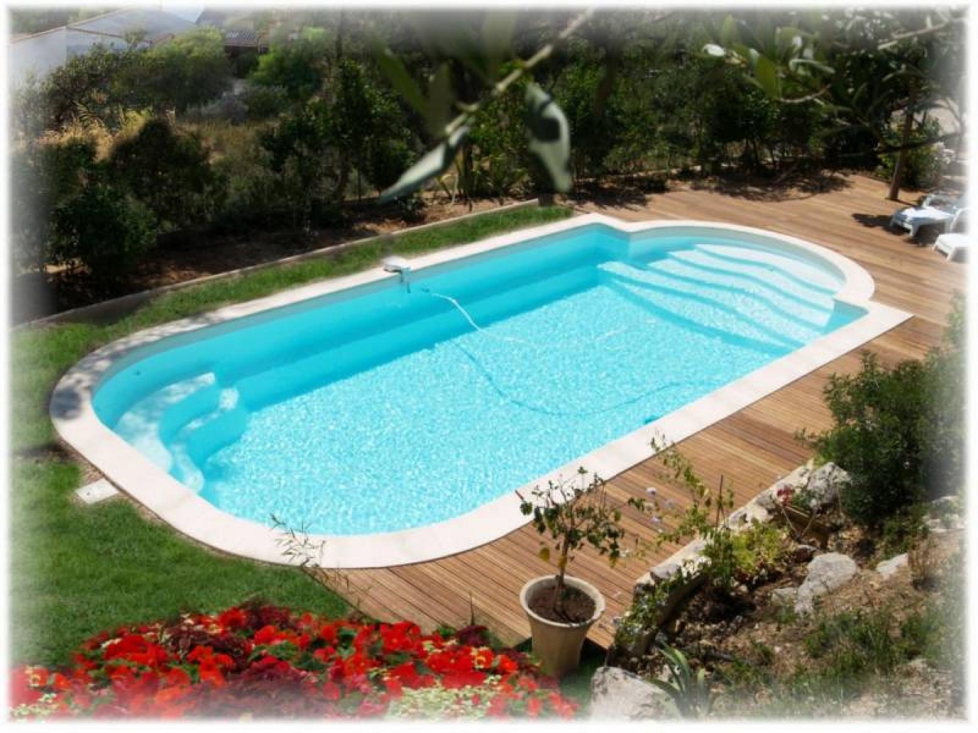 Création De Piscine Enterrée Sur Mesure Bergerac - Aquamag intérieur Acheter Une Piscine