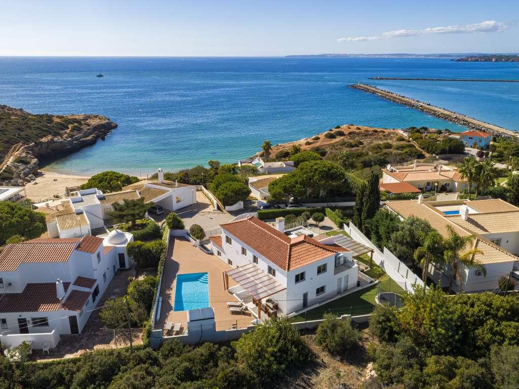 Dalilo - Algarve, Carvoeiro, Portugal   Location Villa ... intérieur Location Maison Avec Piscine Portugal