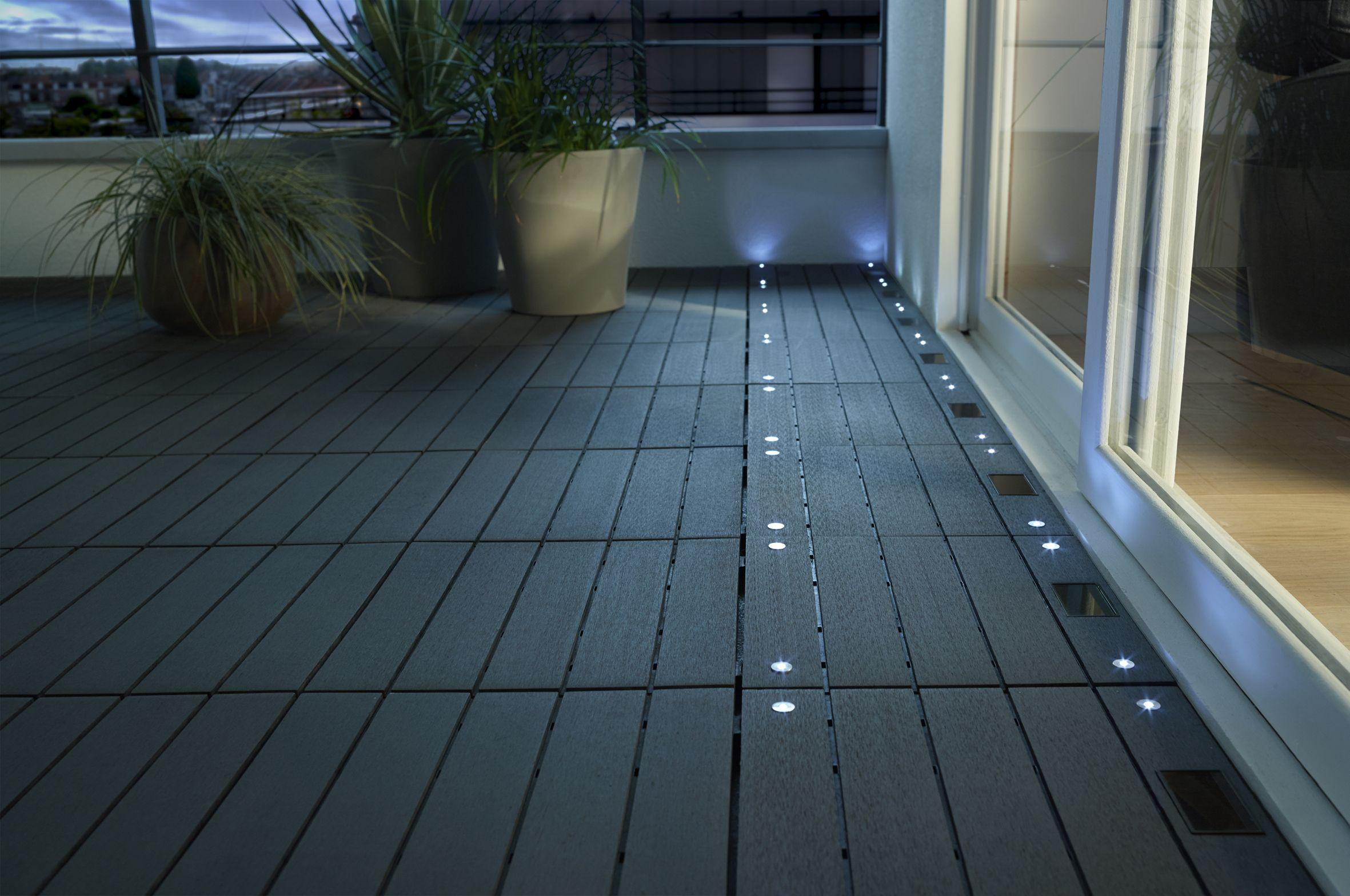 Dalle Balcon Emboitable Composite Avec Led Blooma 30 X 30 Cm ... intérieur Dalle Piscine Castorama