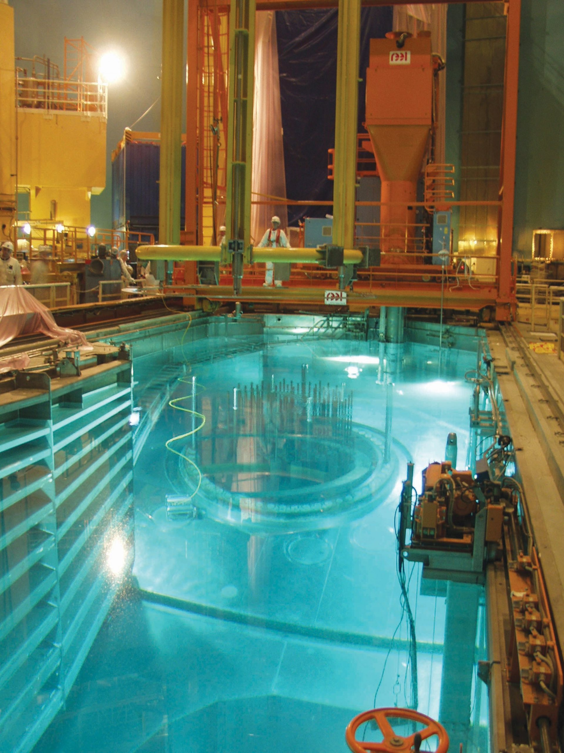 Débordement De La Piscine Du Réacteur N°1 Et Contamination ... pour Piscine Dampierre