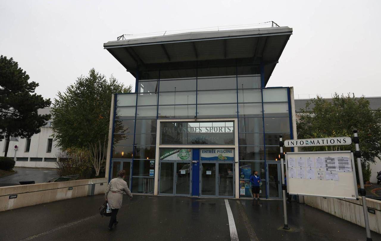 Des Panneaux Solaires Pour Le Palais Des Sports De Nanterre ... destiné Piscine Du Palais Des Sports À Nanterre Nanterre