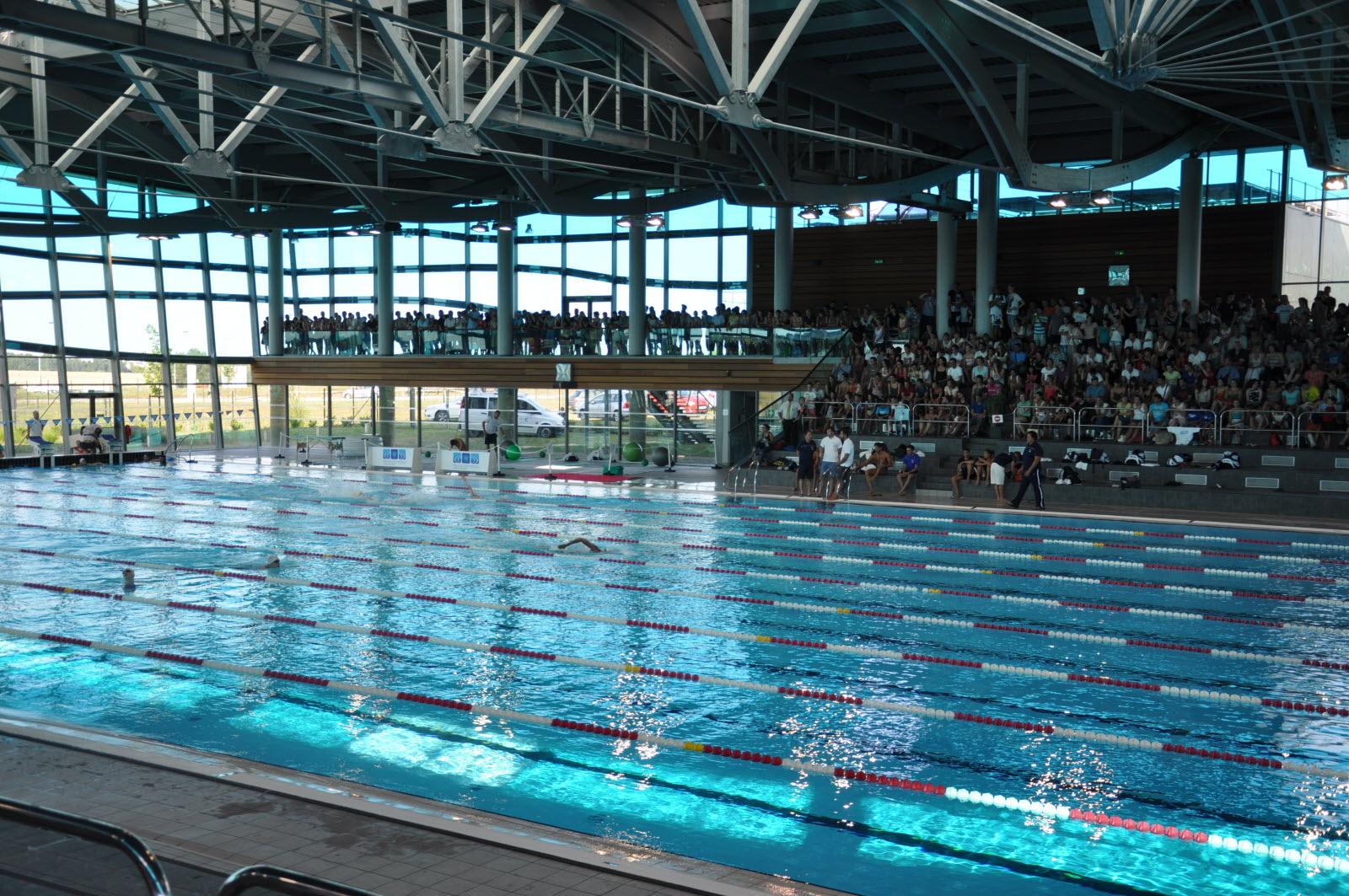 Dijon | Dijon : La Piscine Olympique Fermée Pour Un ... pour Dimension Piscine Olympique