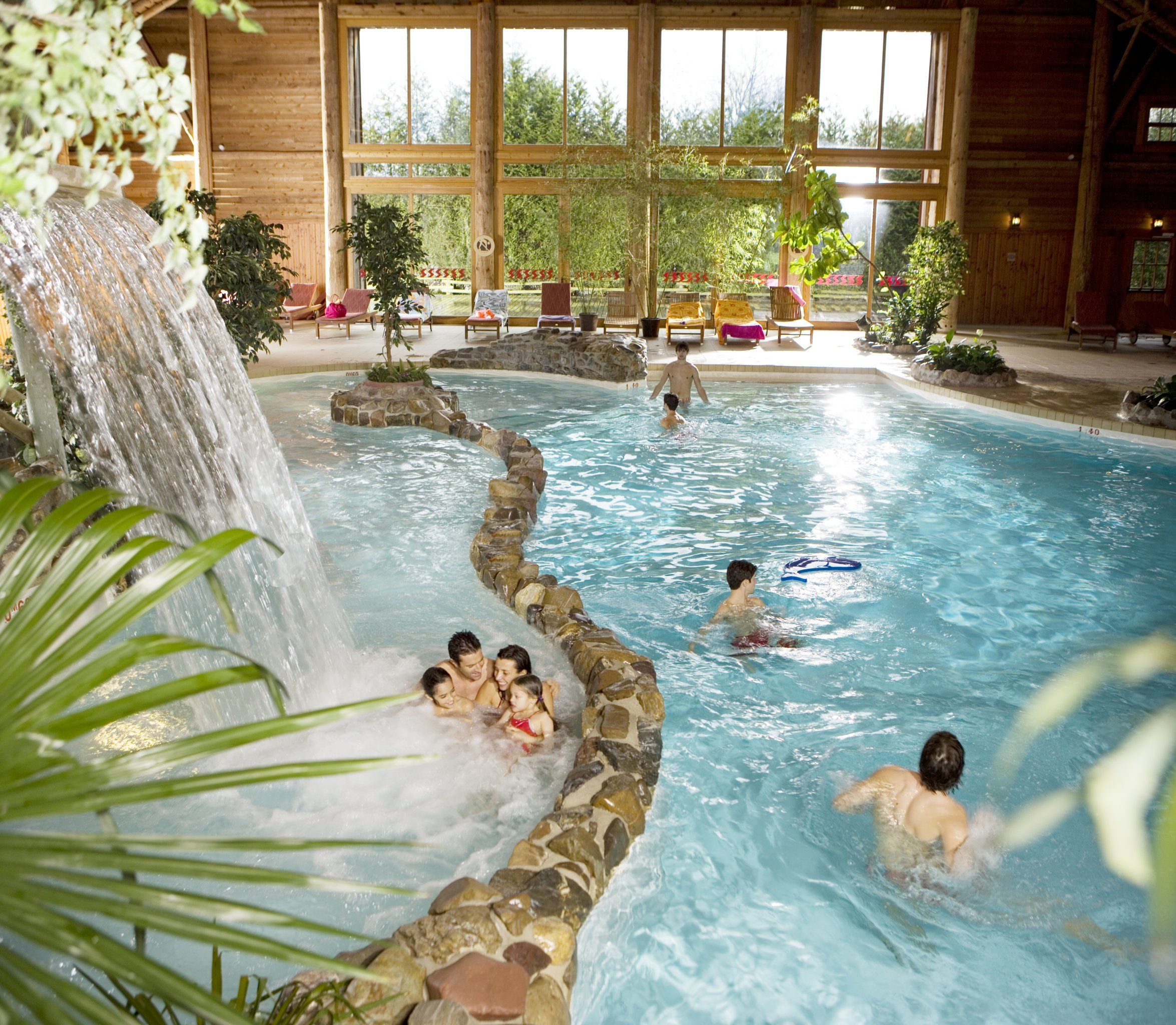 Disney Hotels, Davy Crockett Ranch - Indoor Pool, Disneyland ... tout Piscine Davy Crockett