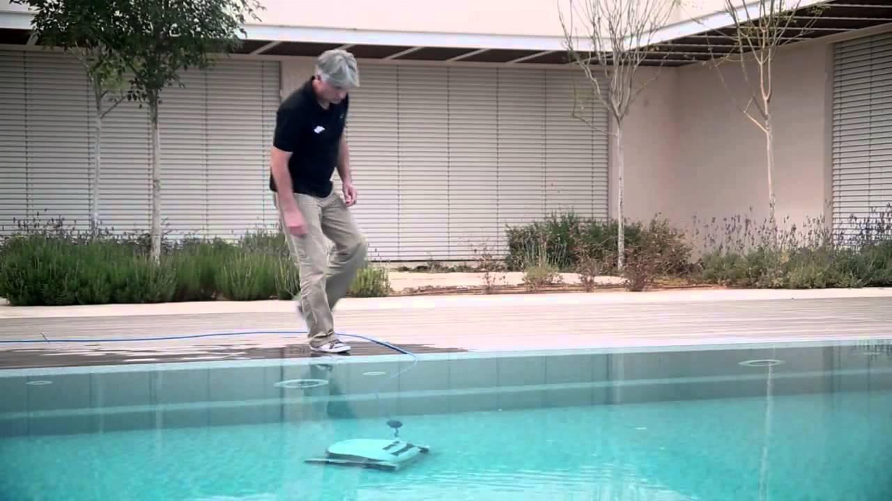 Dolphin E10 Maytronics - Robot Piscine Électrique avec Location Robot Piscine
