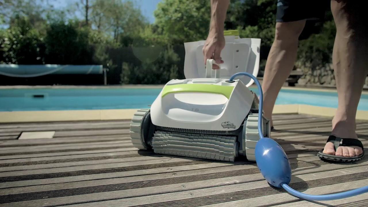 Dolphin T15 - Robot De Nettoyage Électrique Pour Piscine | Test Et Avis  Cabesto concernant Piscine Cabesto