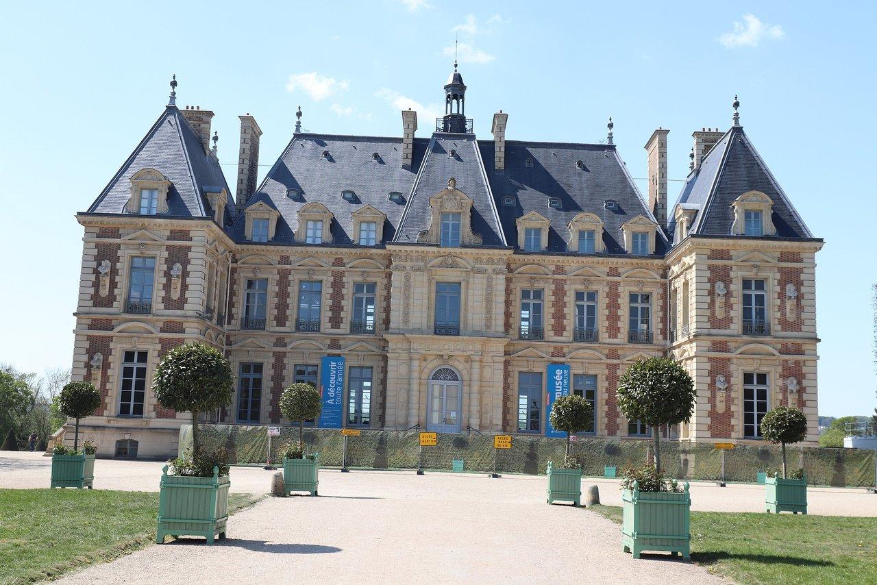 Domaine De Sceaux - Domaine De Sceaux Yorumları - Tripadvisor tout Piscine Sceaux